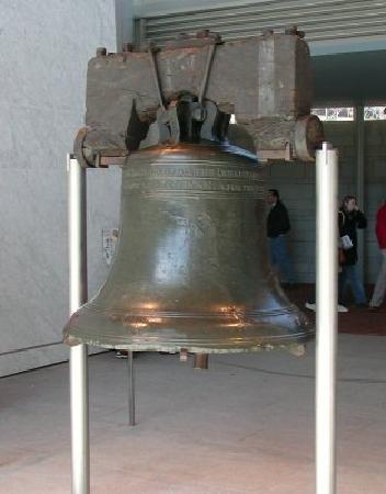 Liberty Bell Center : Liberty Bell