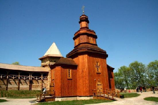 Ucrania: Церковь Батуринской цитадели