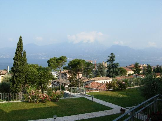 Residence Ca del Lago: View of Lake Garda from the room