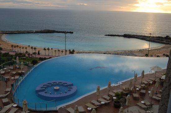 Gloria Palace Royal Hotel & Spa : The pool