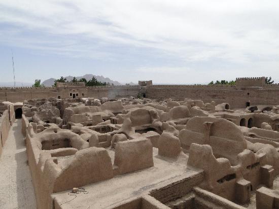 Kerman, Iran: Rayen castle