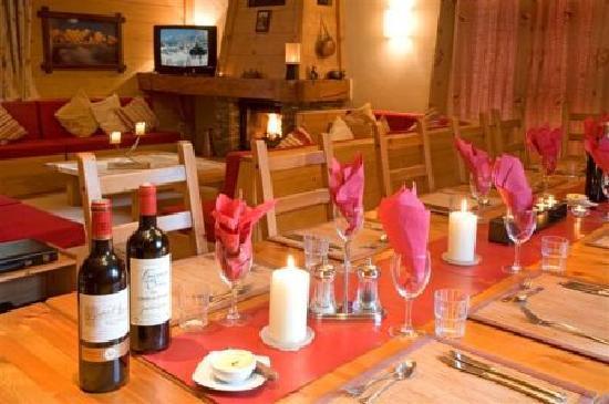Chalet Shiraz : The Lounge