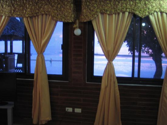 Dumaluan Beach Resort 2: view of the ocean from my room