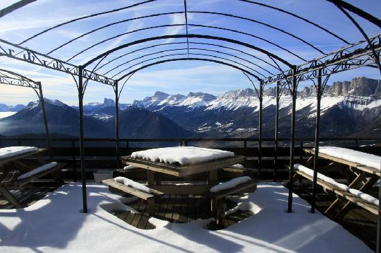 La Soldanelle : Vue depuis la terrasse