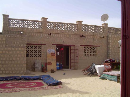 Timbuktu, Mali: Looking into the lobby of the Sahara Passion from the gate