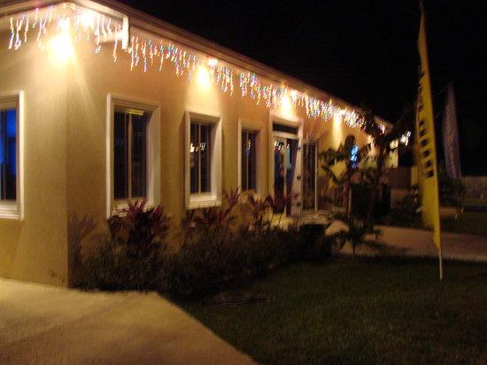 South Coast Bar & Grill Breakers : Southcoast at night