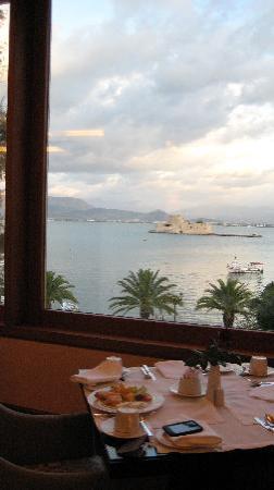 Amphitryon Hotel: Breakfast