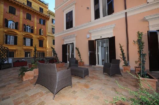 Roman Terrace: Terrace3