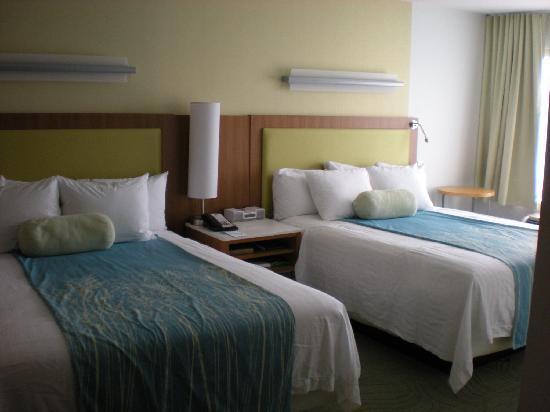 SpringHill Suites Las Vegas Henderson: Studio Beds