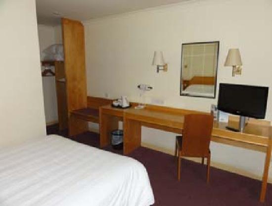 Days Inn Chester East: Bedroom