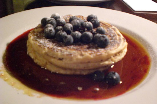 Automat: Pancakes with blueberries