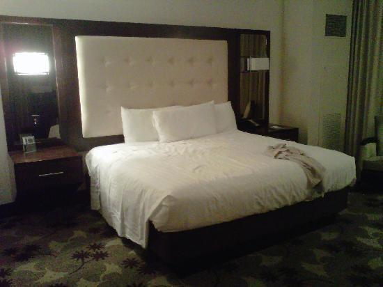 Blue Chip Casino Hotel Spa: big bed, but not especially comfortable and cold