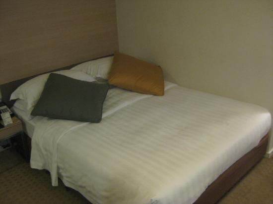 The Fleming, Hong Kong: bed