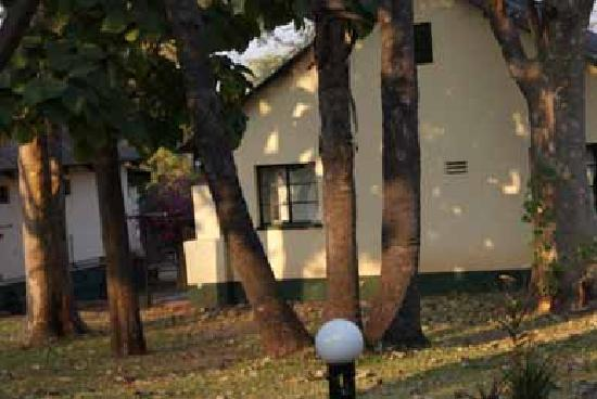 Victoria Falls Rest Camp & Lodges: bespoke sheeting/curtaining