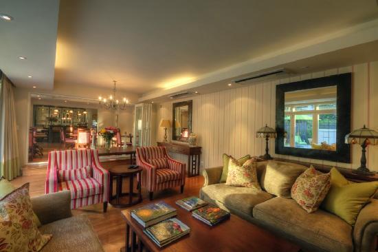 Roodenburg House: Living Room