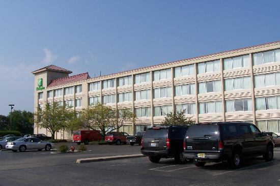 Clarion Hotel: Outside view #2