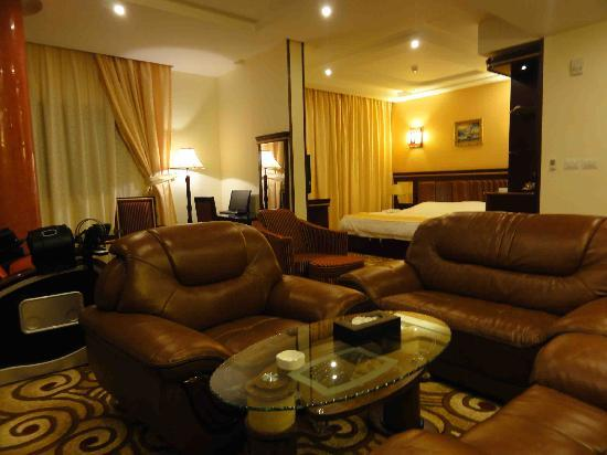 Al Batra Hotel: Room5