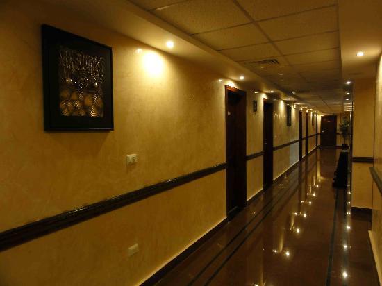 Al Batra Hotel: Floor