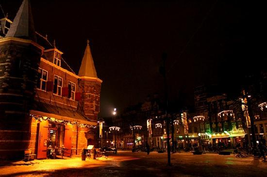 Inn Old Amsterdam and the Waag