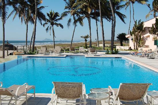 إستريلا ديل مار ريزورت مازاتلان: Las Villas Hotel Pool, Mazatlan, Mexico