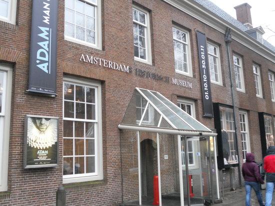 Amsterdam Museum: Amsterdam History Museum entrance