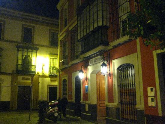 Hotel Maestranza : Street view