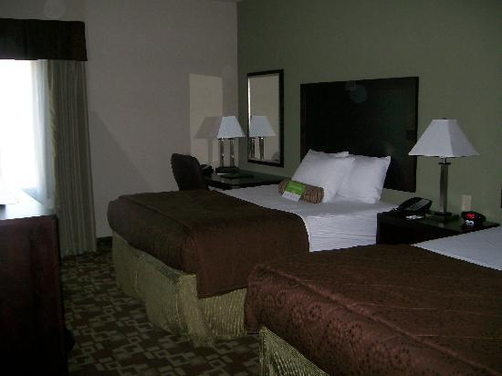 La Quinta Inn & Suites Fort Walton Beach: Inside View, 2 Dbl Beds