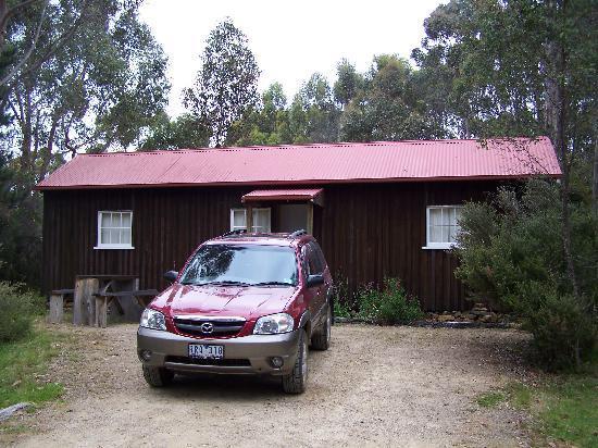 Taranna Cottages : The cabin