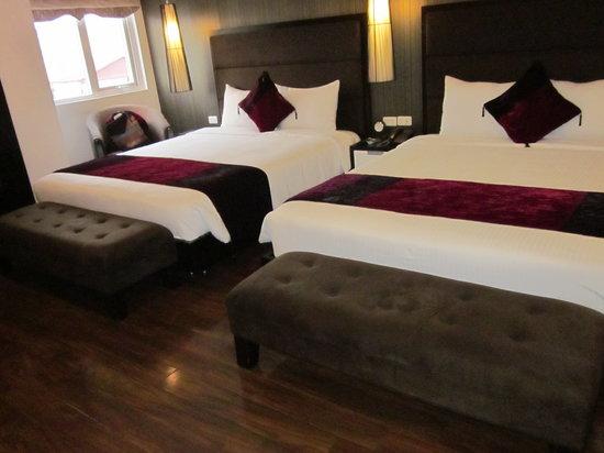 Hanoi Elegance Diamond Hotel: Upgraded room