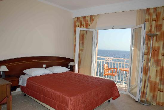 Hotel Corfu Maris Benitses: ROOM