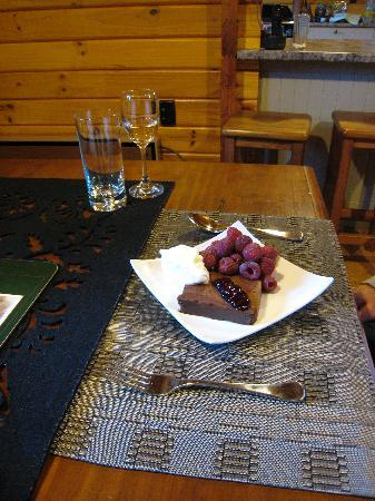St Arnaud House B&B: A dessert by host Margery