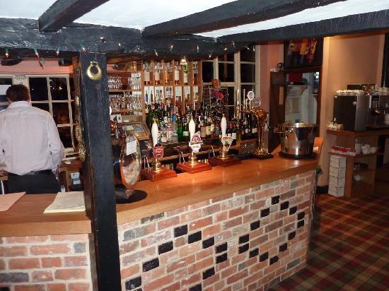 The Nags Head: Bar area
