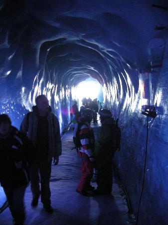 Chamonix, Frankrike: 氷河の中です