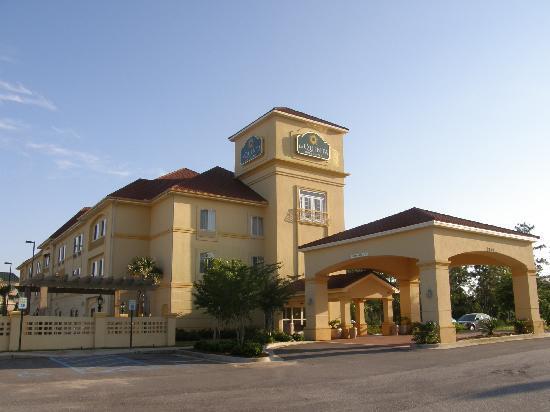 La Quinta Inn & Suites Mobile - Daphne: Outside View