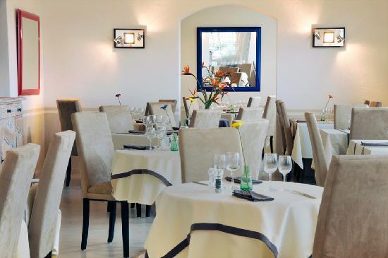 Hotel Mediterranee : salle à manger