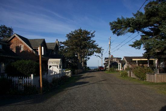 Inn at Haystack Rock: Distane To The Water