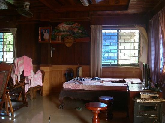 Kampot River View: internet gratuit sur 1 seul PC.