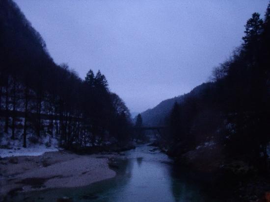 The lake from Reka Hisa