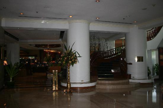 Mandalay Hill Resort : Lobby