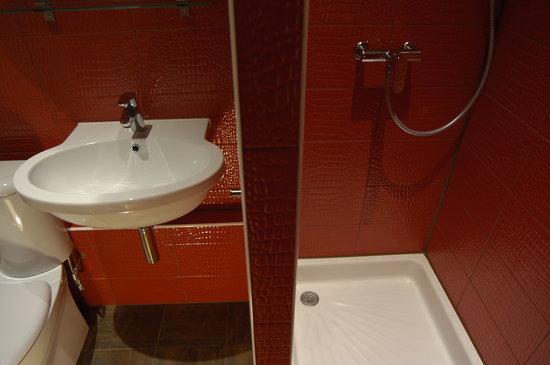 Hotel Lemon : Salle de bain