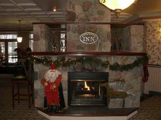 Stone Waters Inn: Lobby area