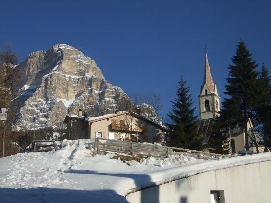 Zoldo Alto, Italy: Vista dall'ingresso della La Caminatha