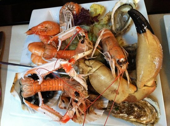 Le Touquet – Paris-Plage, France : assiette fruits de mer 29 euros
