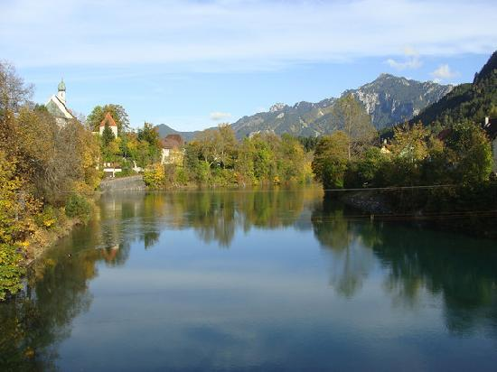 Füssen, Alemania: the river Lech that runs through Fussen