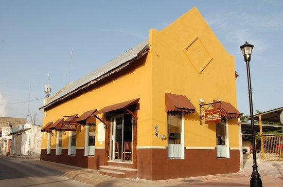 Del Sur Argentina Empanadas & Grill
