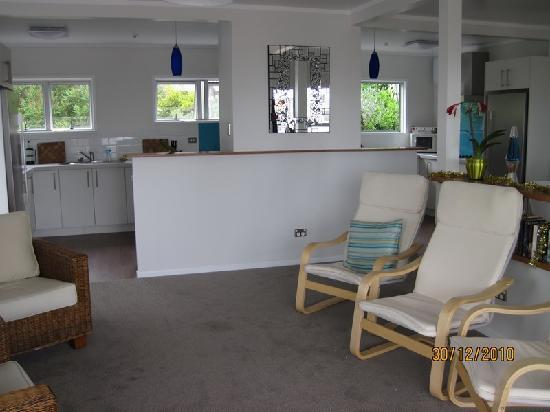 Seabeds: Salon et cuisine commune