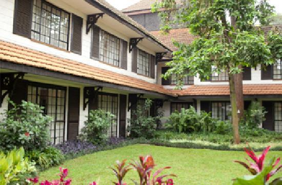 Southern Sun Mayfair Nairobi: Manicured Gardens