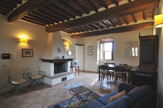 Tuoro sul Trasimeno, Italy: Il salotto di un appartamento