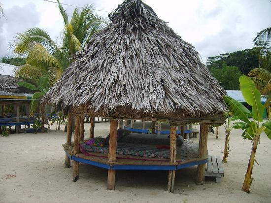 Tanu Beach Fales