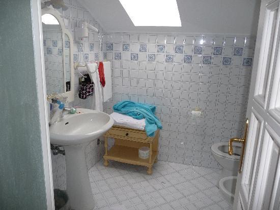 Don Valerio B&B: bagno